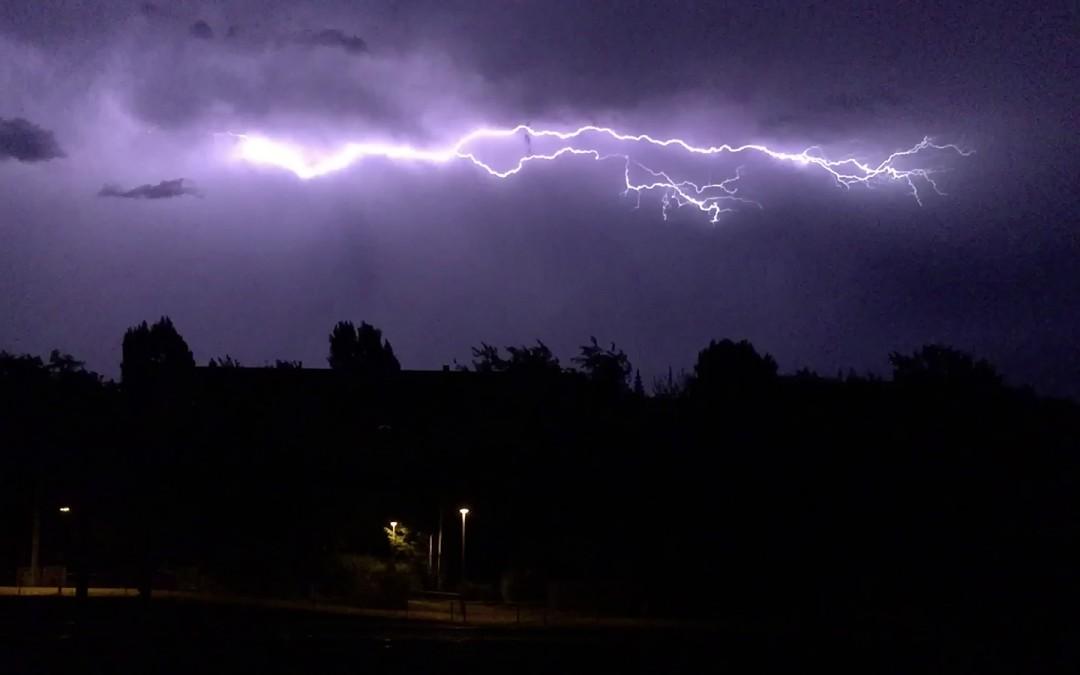 Blitze fangen (Gewitter über Stuttgart)